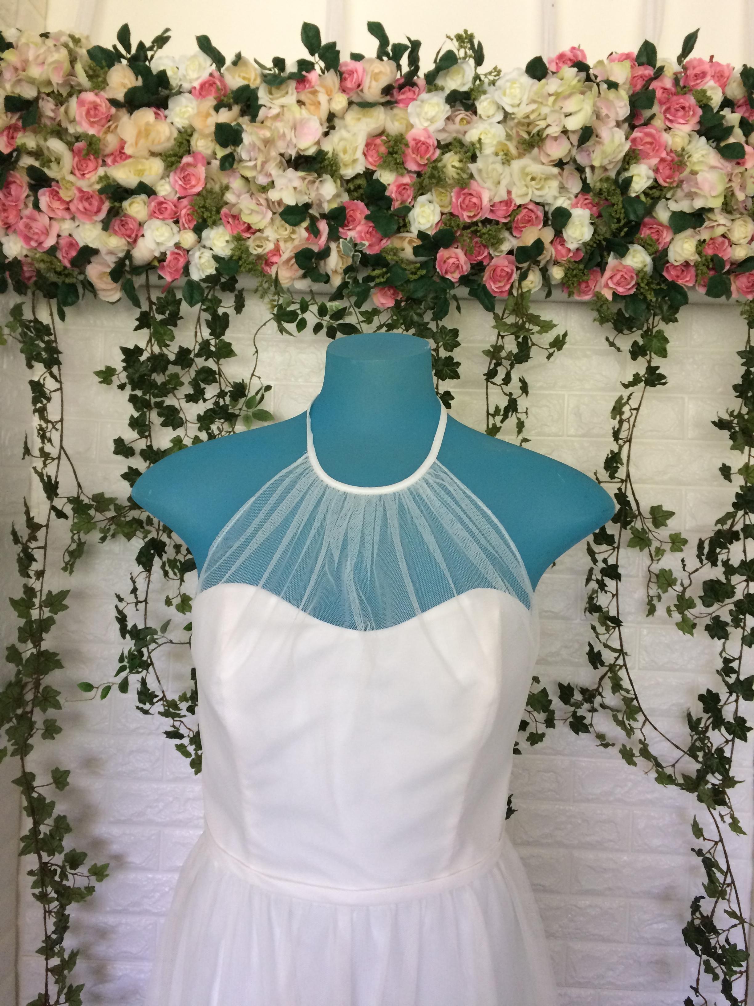 8634s ivory sz8 145 front 1 masako formals hawaii for Wedding dress rental hawaii